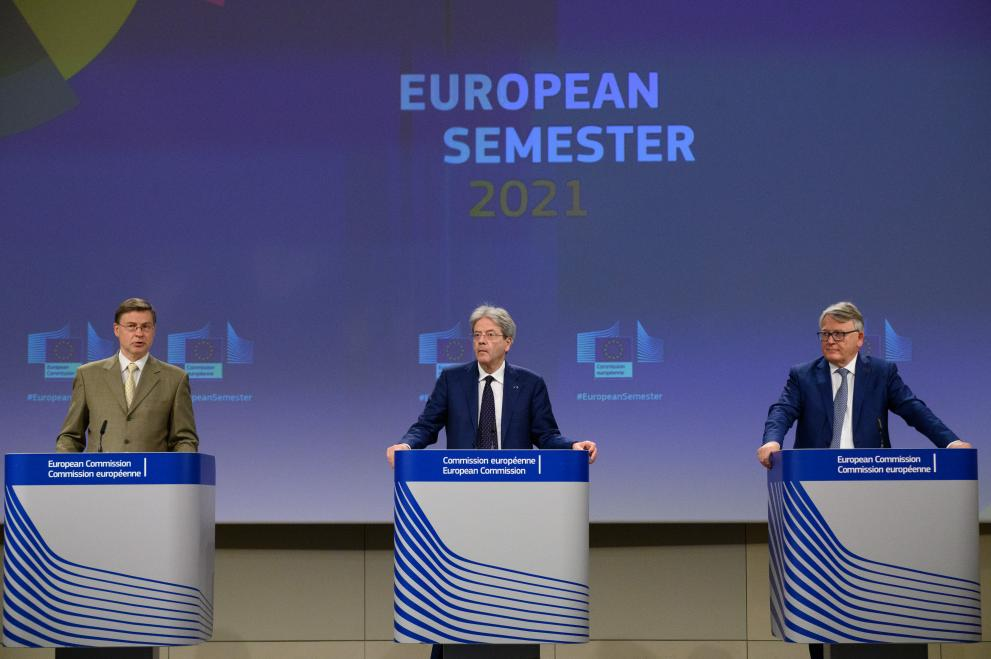 Press conference ofValdis Dombrovskis, Executive Vice-President of the European Commission,Nicolas Schmit andPaolo Gentiloni,European Commissioners,on the European Semester Spring Package
